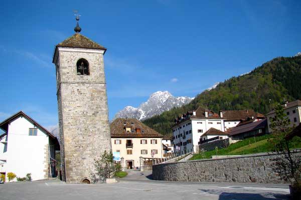 Prato Carnico: il sindaco no a scuolabus da altri comuni